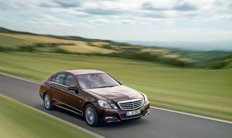 Daimler recalls Mercedes to fix steering glitch
