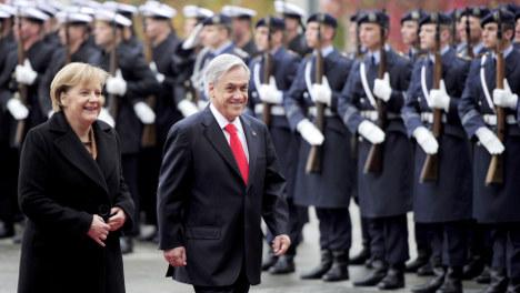 Chilean leader apologises for 'Deutschland über alles' remark