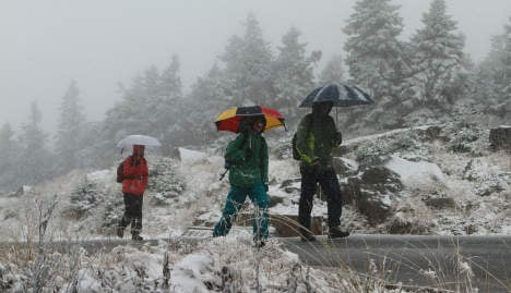 First northern snow hails cooler weather nationwide