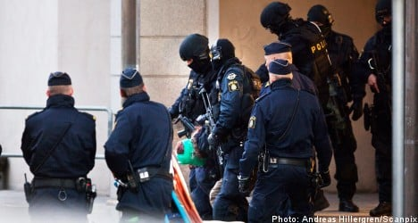 Man held in Malmö after toddler hostage drama
