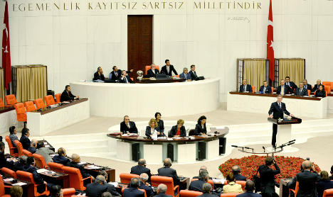 Wulff urges Turkey to respect Christians