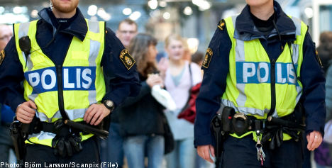 Men locked in mosque during terror raid