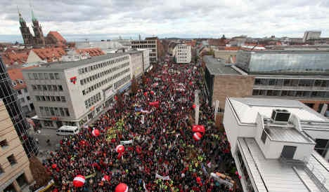100,000 march against social service cuts