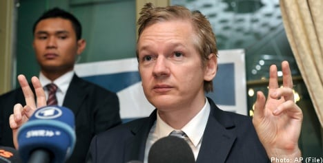 International warrant for Assange 'on its way'