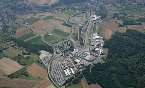 Porsche to hire 100 new engineers for research centre