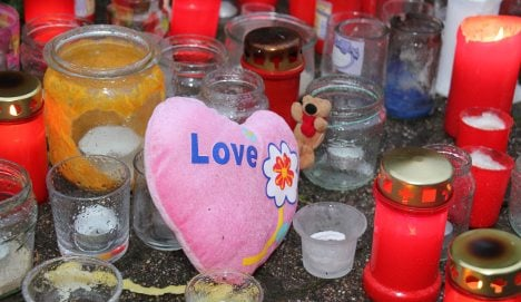 Suspect keeps silence over teen murders