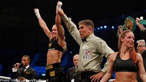 Swedish woman claims world boxing title