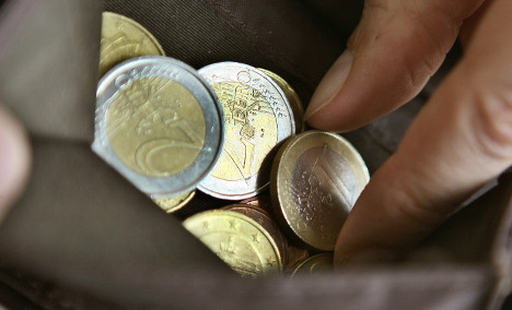 Investors eschew bonds amid eurozone crisis