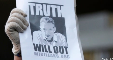 Top human rights lawyer to defend Assange
