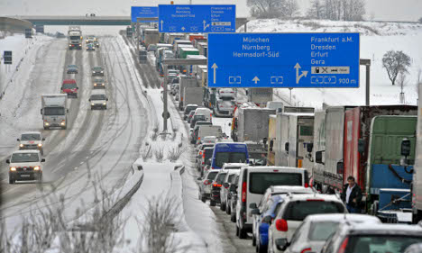 Snow cripples transport, causes blackouts