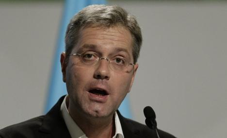 Röttgen calls climate change an economic opportunity