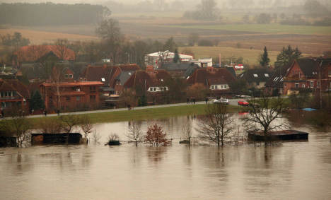 Elbe River swells to record levels
