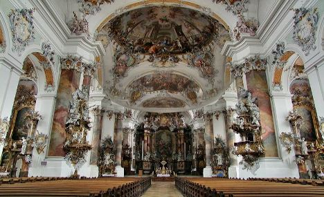 Adventurous duo fined for nude photo shoot in Bavarian church