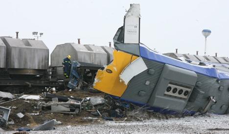 Ten killed, dozens injured in train crash