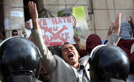 Germany, France, UK warn Egypt on violence