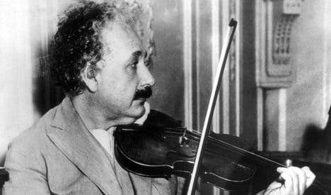 Police hunt Einstein family murder witness