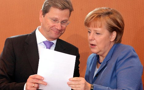 Merkel's coalition closes poll gap with opposition