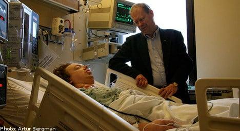 High earners jump surgery queue: study