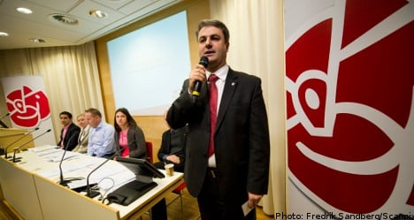 Social Democrats call time on 'self-torture'