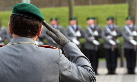 Defence Ministry to keep Bonn presence