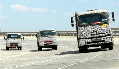Daimler unveils Indian truck brand BharatBenz