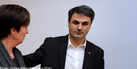 Social Democrat party secretary to quit
