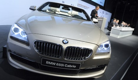 BMW boosts sales outlook for 2011