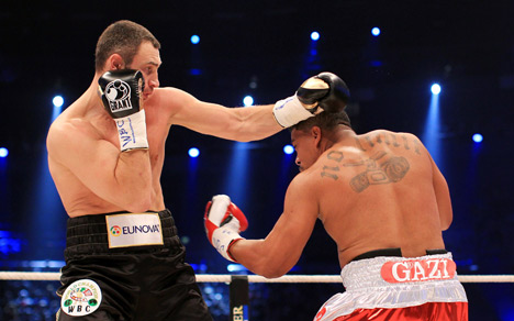 Klitschko scores knockout in farcical fight