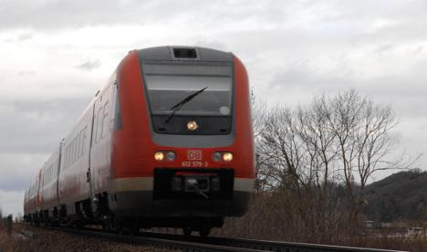 Railway blunder leaves 2-year-old alone on train