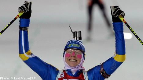 Sweden's Ekholm claims world biathlon gold