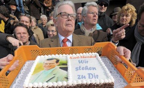 Pro-Guttenberg rally gathers in Bavaria