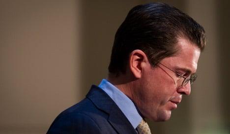 Guttenberg resigns