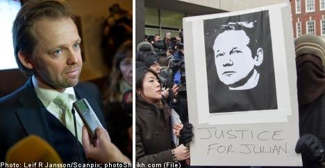 Assange lawyer under investigation in Sweden
