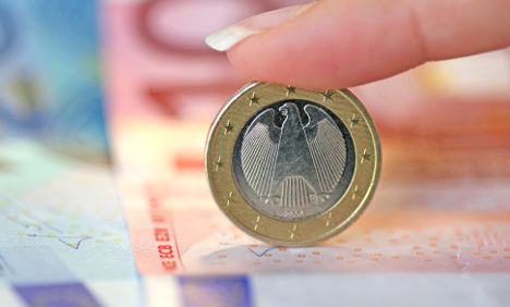 Merkel aiming to reschedule euro debt fund payments