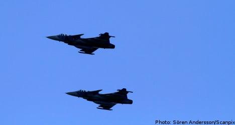 Broad political backing of Gripen deployment