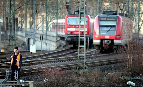 Train drivers' strike postponed till Thursday