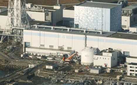 10 Germans flee Japan's quake-hit nuclear plant