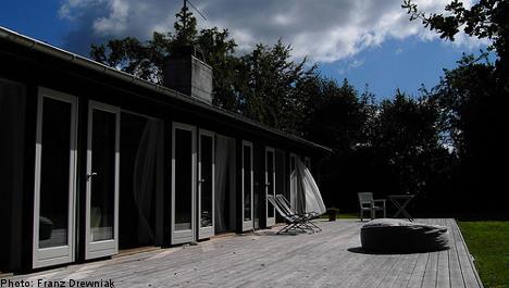 Quake-hit Japan eyes Swedish homes