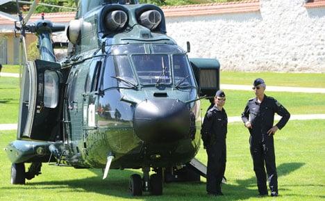 Merkel narrowly escapes helicopter near-crash