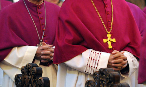 Catholics urge ditching celibacy rule for priests