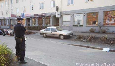 Gothenburg police hunt for shootout suspects