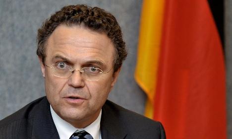 Friedrich aims to toughen anti-terror law
