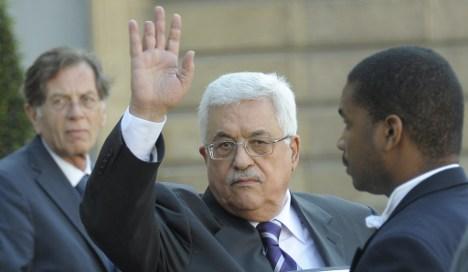 Merkel to meet Abbas as Europe mulls recognising Palestinian state