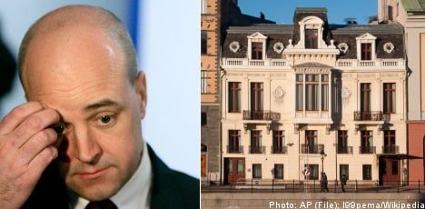 Reinfeldt forced to flee dilapidated palace home