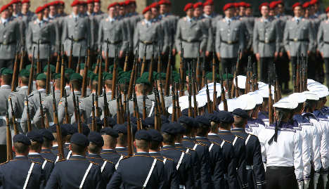 Defence Ministry warns cuts could ruin forces