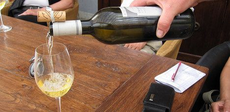 Swiss wine lovers drink more