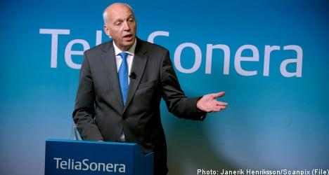 TeliaSonera lowers forecast as profits dip
