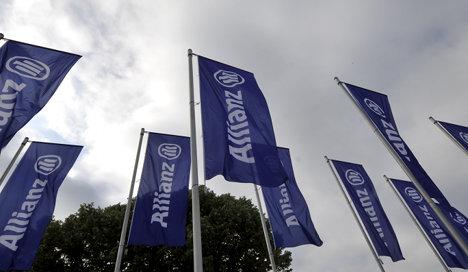 Allianz Q1 profit hit by Japan disaster
