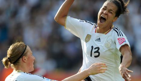 Nervous Germany beats Canada in opener