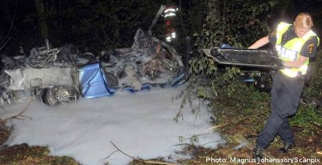 Car crash kills four